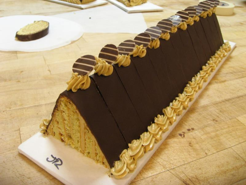 Click image for larger version  Name:cake.jpg Views:91 Size:55.4 KB ID:80834